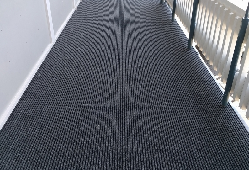 DecoRIB Indoor and Outdoor Carpet