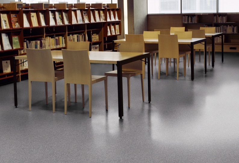 Vinyl Flooring - Education School Commercial